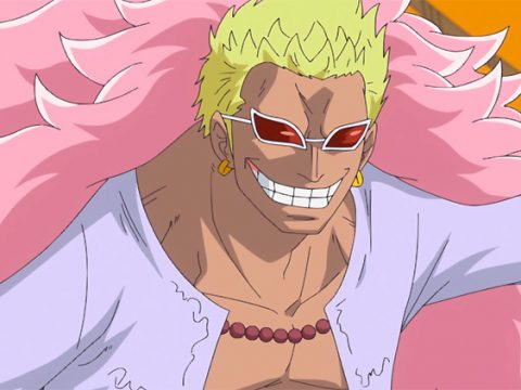 Women Dressed Like One Piece's Doflamingo Spotted Throughout Tokyo