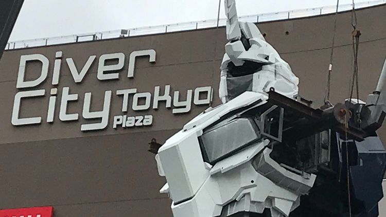 New Life-Size Gundam Nears Completion in Tokyo