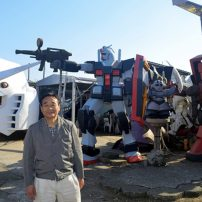 Japanese Barber Creates Giant Gundam Statues in Backyard