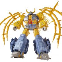 Colossal Transformers Toy Has Trouble Reaching $4.6 Million Crowdfunding Goal