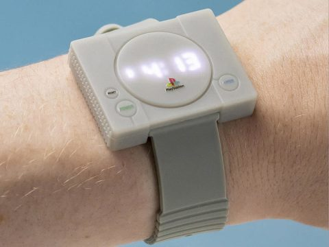 PlayStation Watch Fails to Impress Japanese Social Media